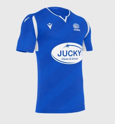 חולצה כחולה